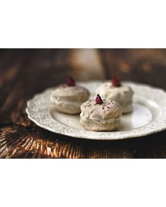 Rose & Rice Macaron for up to 3 bath times  Milky bath 28%fat  self emulsifier  Shea Butter +Pure Almond oil delight